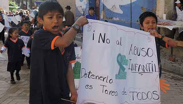 317415086613427659-bolivia-marcha-contra-la-violencia.jpg