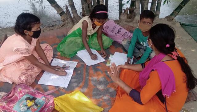 19563112647592864-india-maestros-promotores-salud.jpg