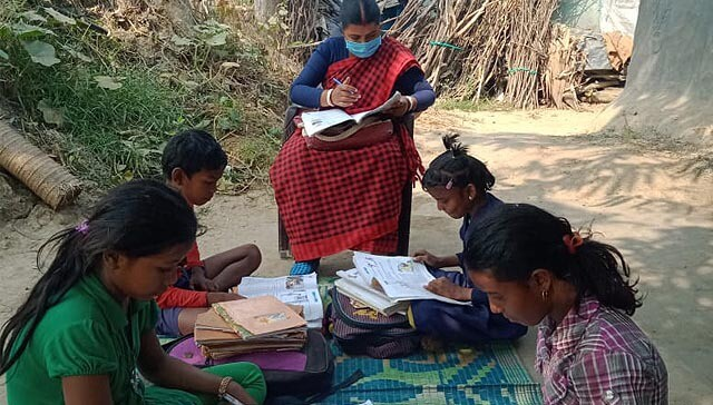 372289033746811671-india-material-escolar1.jpg