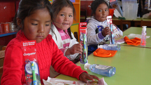 358984169397941581-peru-regalo-solidario-kit-higiene.jpg