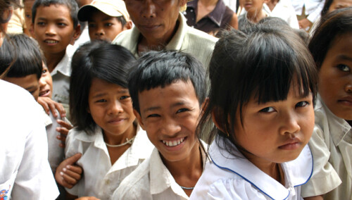Abastecimiento de agua en 2 escuelas Treang